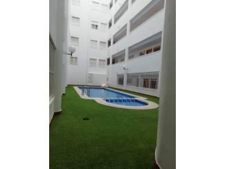 Buitenland Penthouse, ruim terras, zwembad in het zonnige Torrevieja