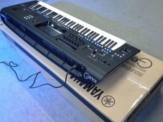 Yamaha PSR-SX900, Yamaha Genos 76-Key ,Korg Pa4X , Korg Kronos 61